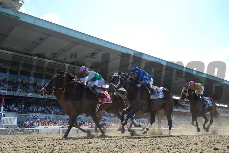 Close Hatches wins the 2014 Ogden Phipps at Belmont Park.<br /> Coglianese Photos