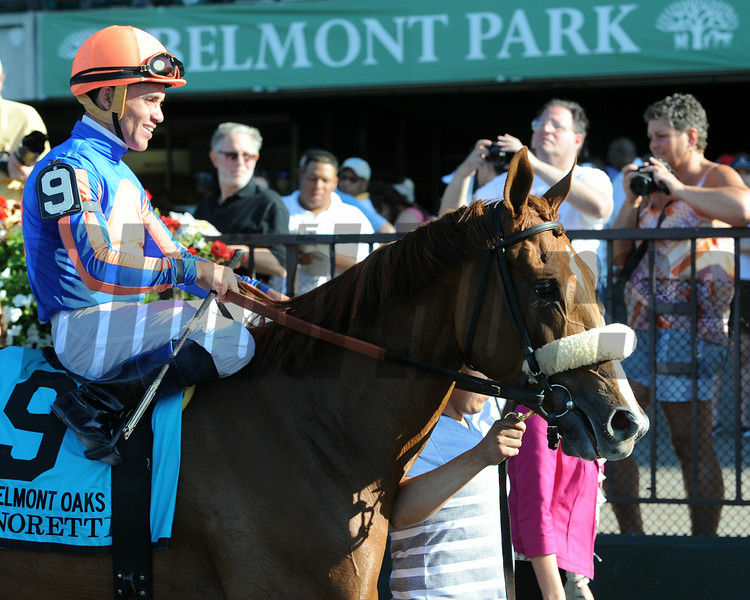 Minorette wins the 2014 Belmont Oaks.<br /> Coglianese Photos/Susie Raisher