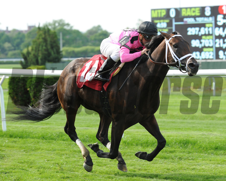 Jack Milton wins the Poker Stakes May 26.<br /> Coglianese Photos/Lauren King