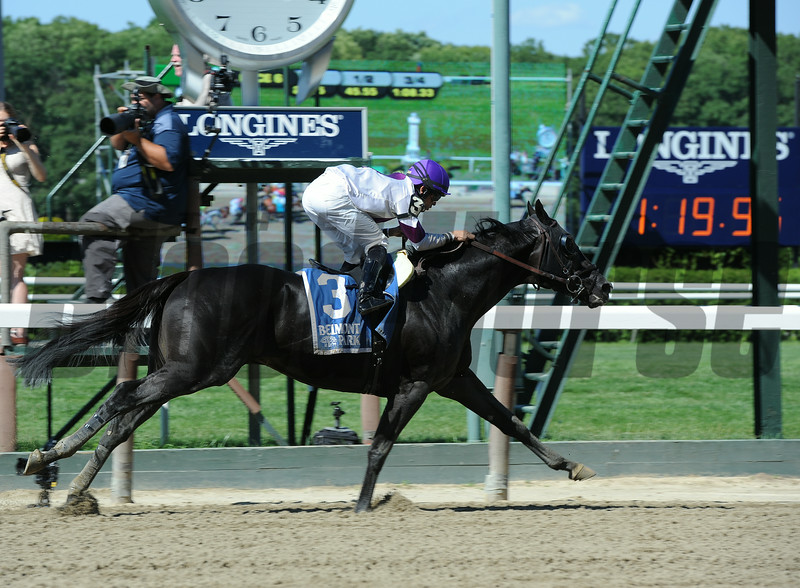 Clearly Now wins the 2014 Belmont Sprint Championship.<br /> Coglianese Photos/Susie Raisher