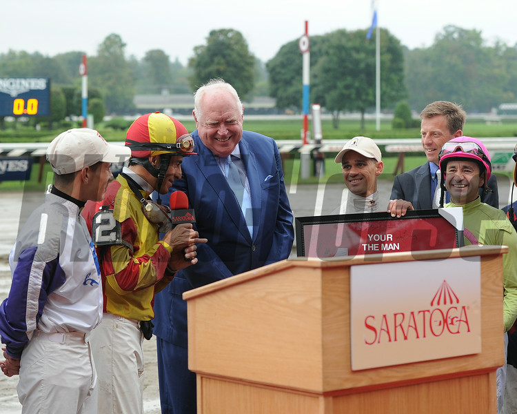 Tom Durkin's retirement ceremony following his final call at Saratoga.<br /> Coglianese Photos/Susie Raisher