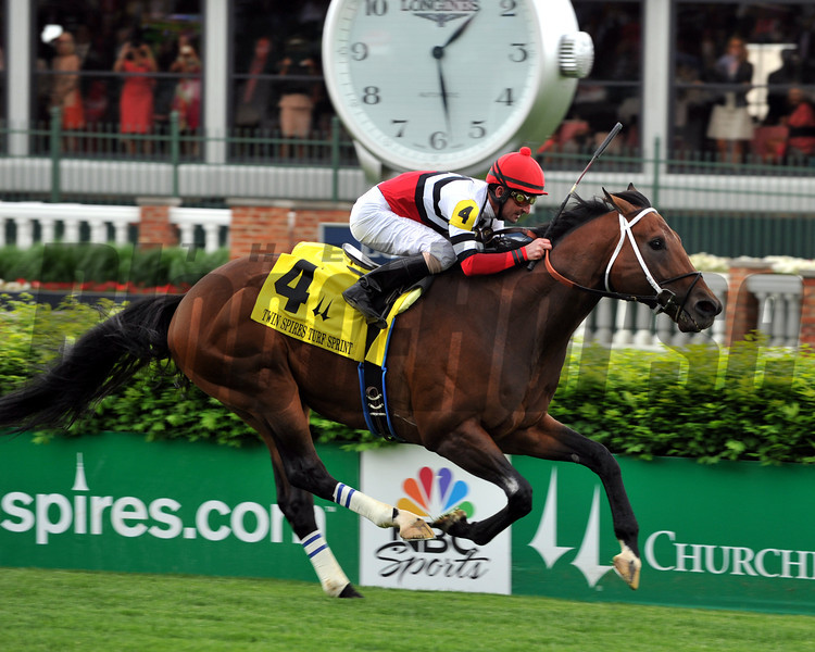 Marchman wins the Twin Spires Turf Sprint at Churchill Downs, May 2, 2014. Photo by: Dave Harmon.