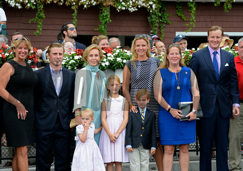 l-r, Alison McGaughey, ??, Mrs. Ogden Mills Phipps, Mrs. Ogden Phipps, Daisy Phipps Pullito, and Odgen Phipps<br /> Abaco win in the Ballston Spa on Aug. 23, 2014, in Saratoga. Alison McGaughey, Ogden Phipps, Daisy Phipps Pullito<br /> Photo by Anne M. Eberhardt