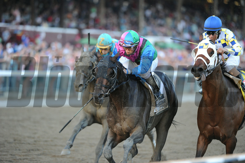 Itsmyluckyday wins the 2014 Woodward at Saratoga.<br /> Coglianese Photos/Adam Mooshian