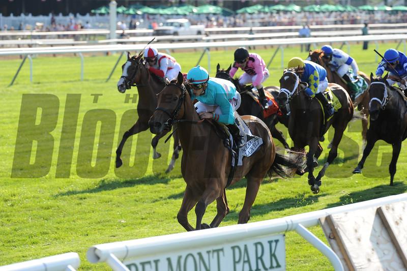 Lady Eli wins the 2015 Belmont Oaks.<br /> Coglianese Photos
