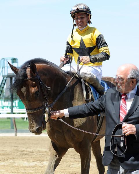 Empire Dreams wins the 2015 Commentator Stakes.<br /> Coglianese Photos/Susie Raisher