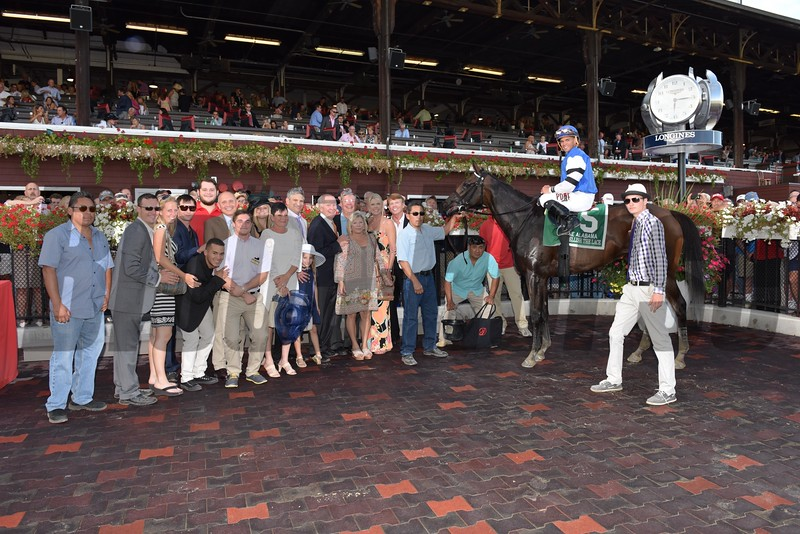 Embellish the Lace wins the 2015 Alabama Stakes.<br /> Coglianese Photos