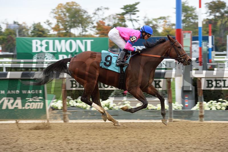 La Verdad wins the 2015 Iroquois Stakes.<br /> Coglianese Photos