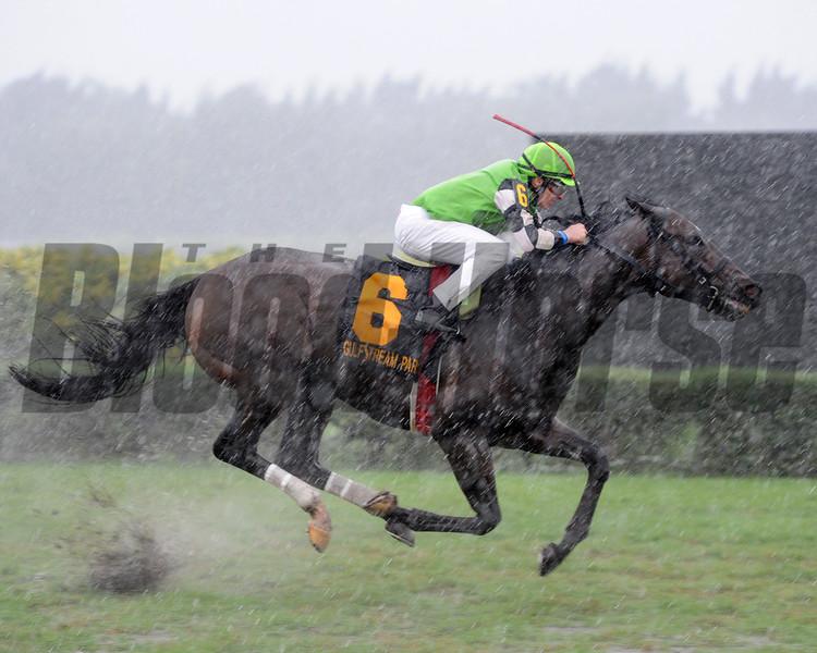 Lochte wins the 2015 Tropical Turf Handicap.<br /> Coglianese Photos/Leslie Martin