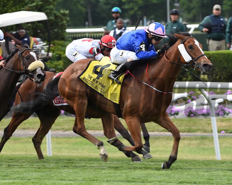 Waltzing Matilda wins the 2015 New York Stakes.<br /> Coglianese Photos/Courtney Heeney