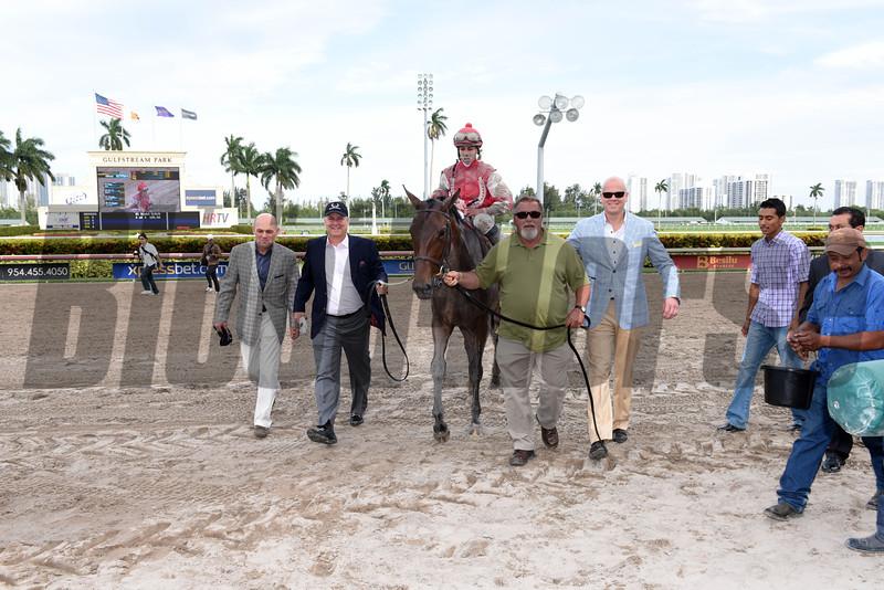 Birdatthewire wins the 2015 Gulfstream Park Oaks.<br /> Coglianese Photos