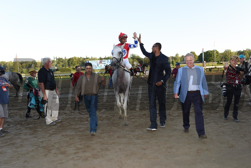White Rose wins the 2015 Glens Falls Stakes.<br /> Coglianese Photos