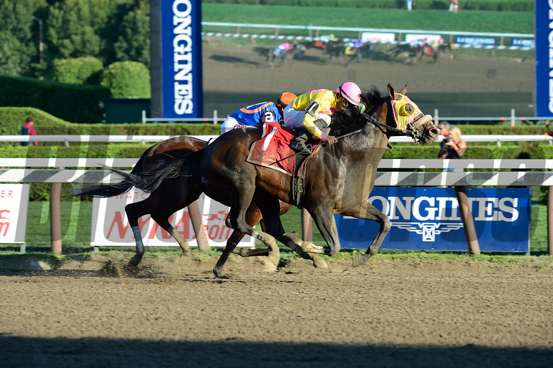 Good Luck Gus wins the 2015 Albany Stakes.<br /> Coglianese Photos/Joe Labozzetta