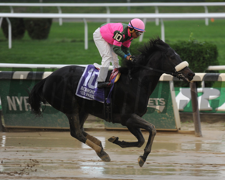 Old Harbor wins the 2016 Ticonderoga Stakes<br /> Coglianese Photos