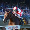 Songbird wins the 2016 Alabama.<br /> Coglianese Photos/Joe Labozzetta