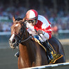Songbird wins the 2016 Alabama.<br /> Coglianese Photos/Adam Mooshian