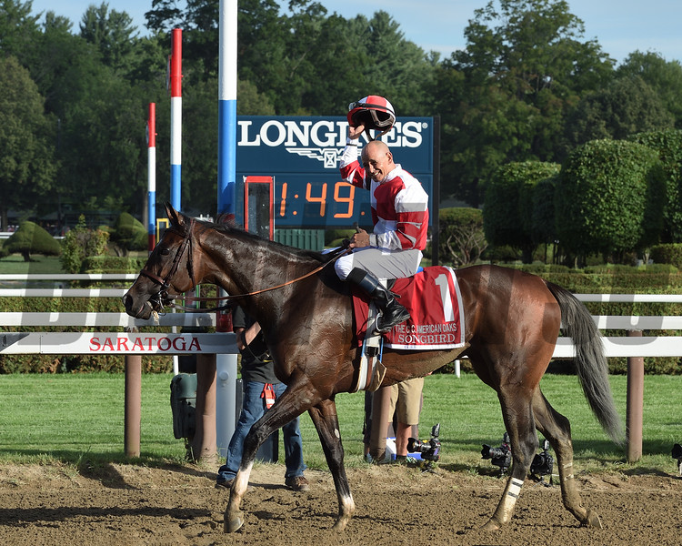 Songbird wins the 2016 Coaching Club American Oaks<br /> Coglianese Photos/Chelsea Durand