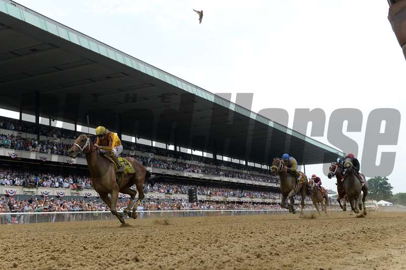 Cavorting wins the 2016 Ogden Phipps Stakes. <br /> Coglianese Photos