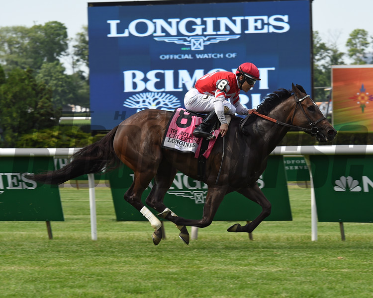 Celestine wins the 2016 Just a Game Stakes.<br /> Coglianese Photos/Chelsea Durand