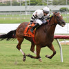 Aire Bueno wins the 2016 Miesque's Approval Stakes.<br /> Coglianese Photos
