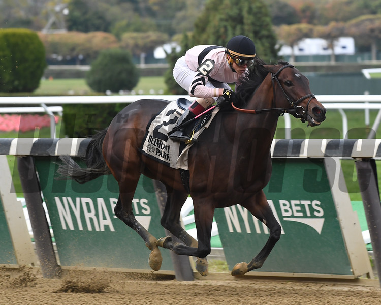Lewis Bay wins the 2016 Turnback the Alarm<br /> Coglianese Photos/Robert Mauhar