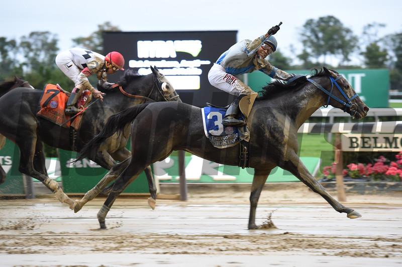 Joking wins the 2016 Vosburgh Stakes.<br /> Coglianese Photos/Susie Raisher