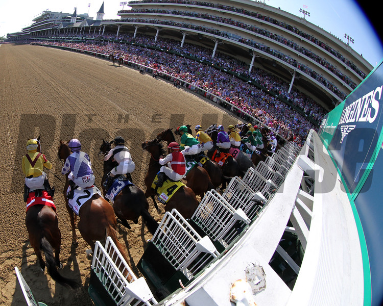 Kentucky Oaks Start Churchill Downs Chad B. Harmon
