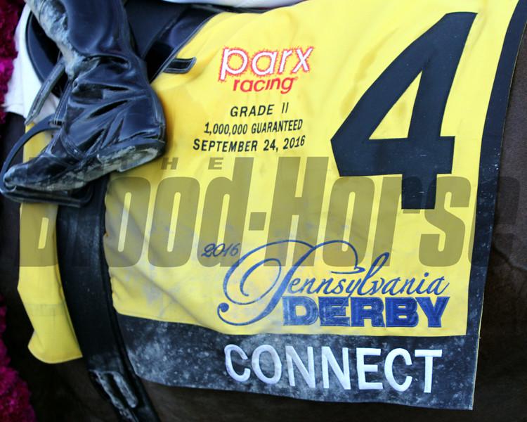 Connect Saddle Cloth PA Derby Parx Chad B. Harmon