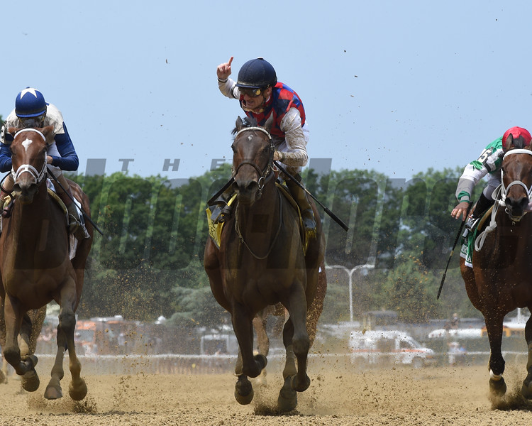 Carina Mia wins the 2016 Acorn Stakes.<br /> Coglianese Photos