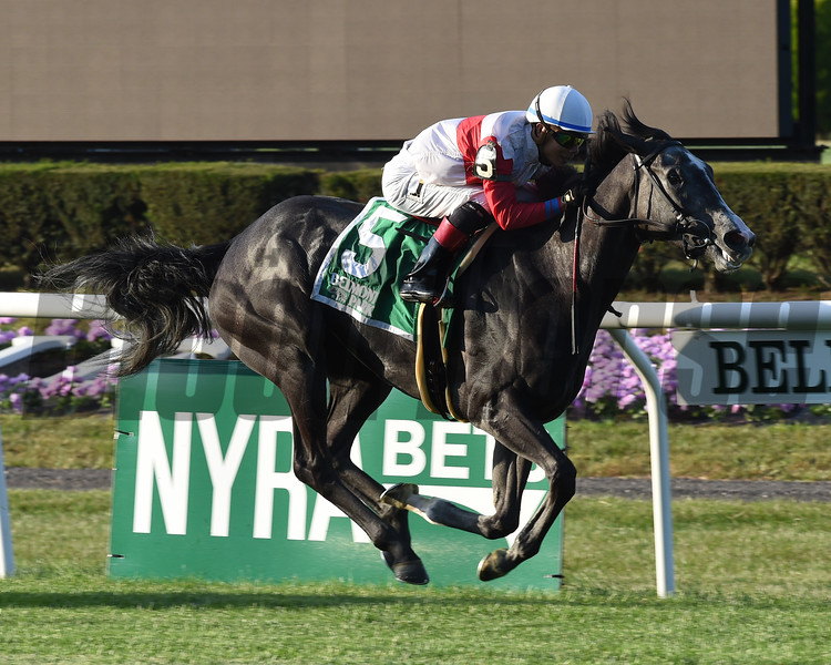 On Leave wins the 2016 Sands Point Stakes.<br /> Coglianese Photos