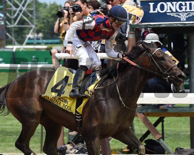 Carina Mia with Julien Leparoux wins the 2016 Acorn Stakes (gr. I).<br /> Coglianese Photos/David Alcosser