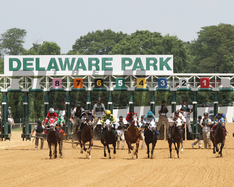 Delaware Park Start Chad B. Harmon
