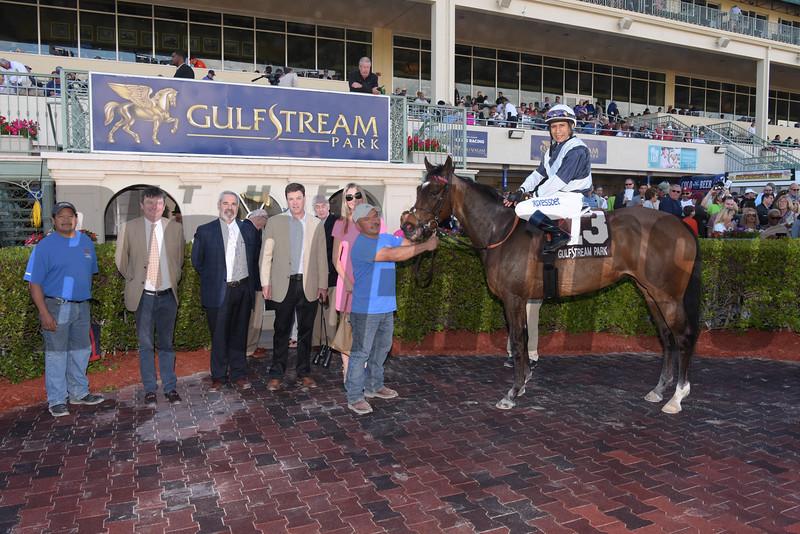 Faufiler wins the 2016 Sand Springs Stakes.<br /> Coglianese Photos