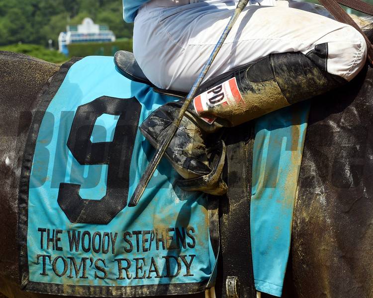 Tom's Ready wins the 2016 Woody Stephens.<br /> Dave Harmon