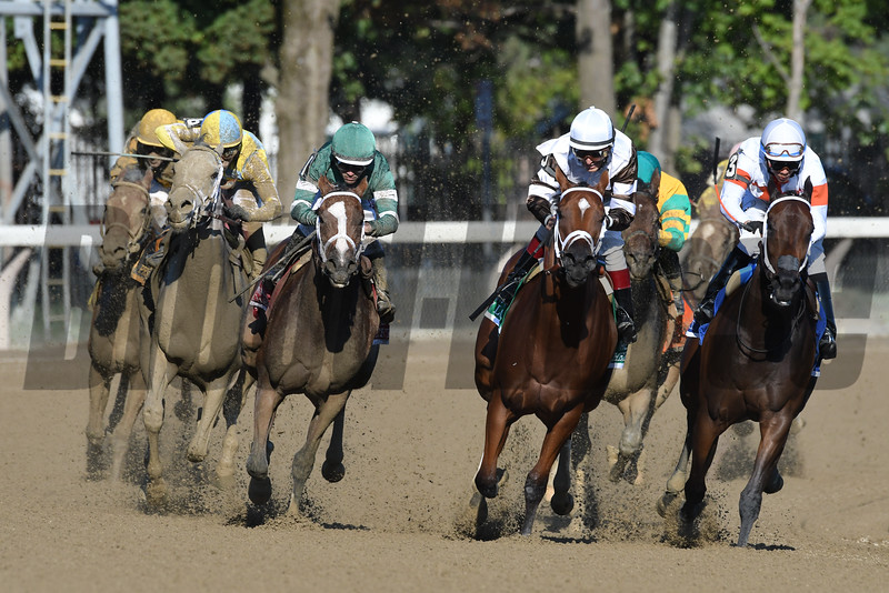 Sweet Loretta (#1) and Pretty City Dancer dead heat in the 2016 Spinaway Stakes.<br /> Coglianese Photos/Arianna Spadoni
