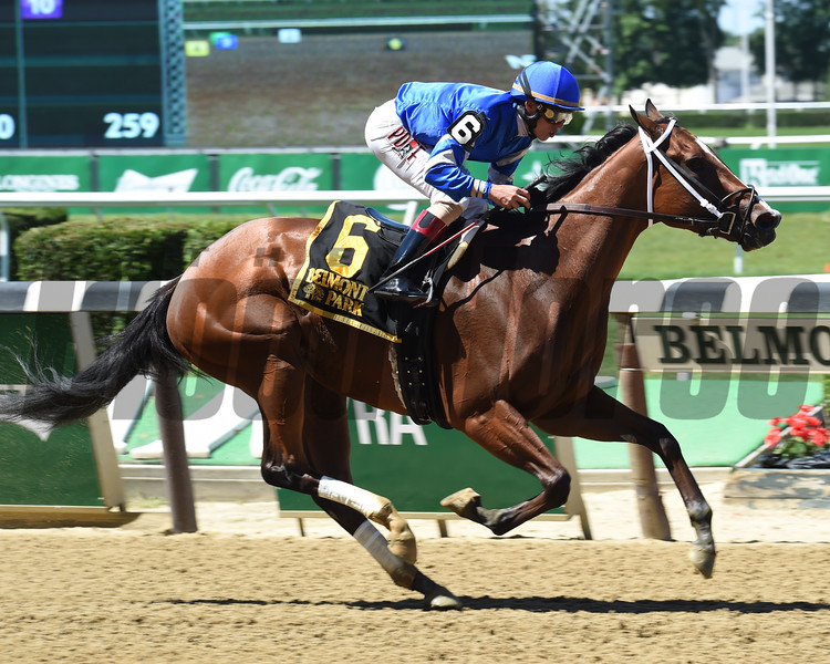 Kareena wins the Jersey Girl Stakes.<br /> Coglianese Photos/Chris Raheyel