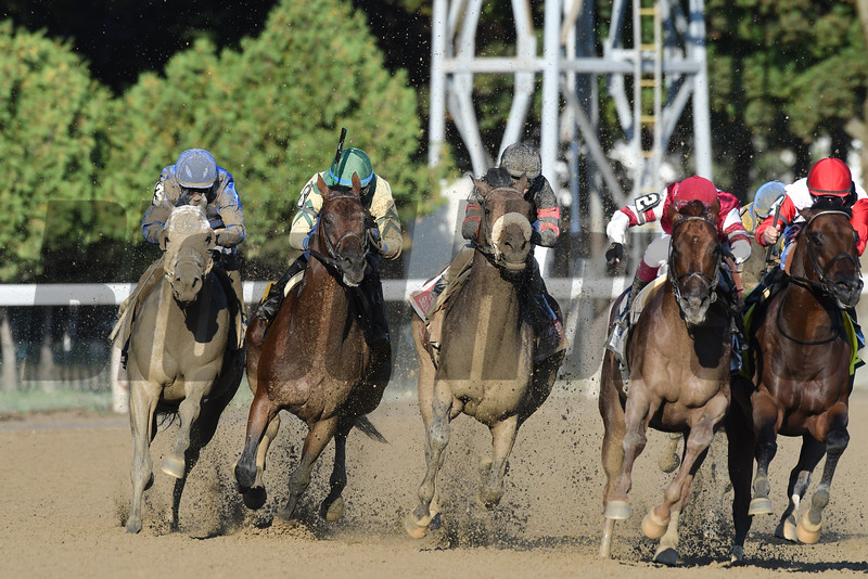Shaman Ghost wins the 2016 Woodward Stakes.<br /> Coglianese Photos/Arianna Spadoni
