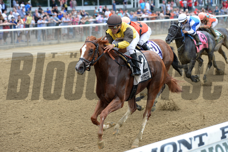 Flatterywillgetyou wins the Bouwerie Stakes<br /> Coglianese Photos/Chelsea Durand