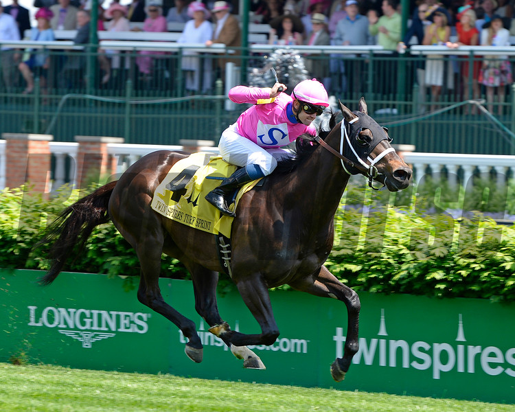 Rocket Heat with Flavien Prat wins the Twin Spires Turf Sprint (gr. III) at Churchill on May 6, 2016.