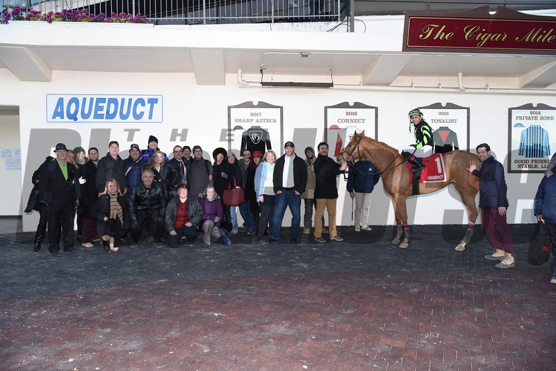 English Soul wins the 2018 East View Stakes<br /> Coglianese Photos