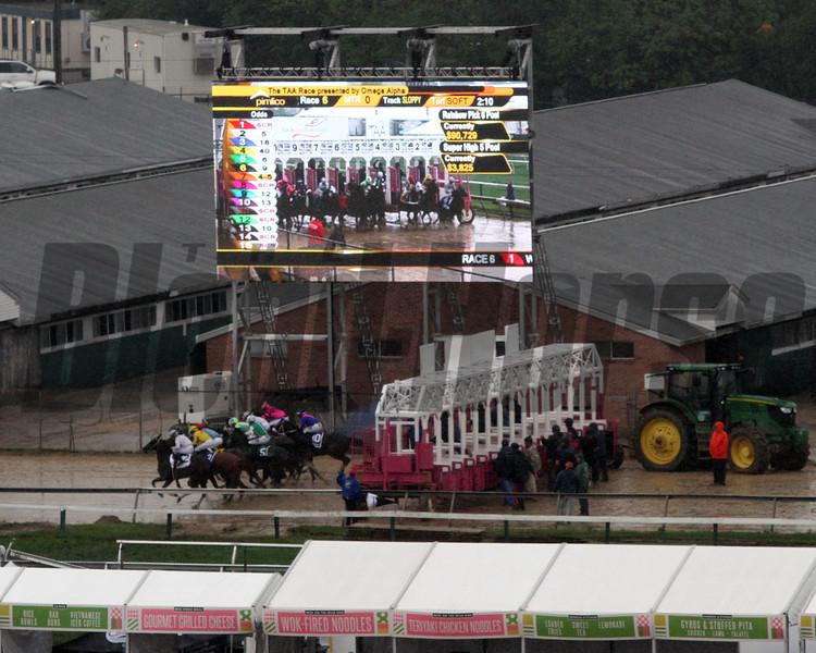 Race 6 Start Pimlico Chad B. Harmon
