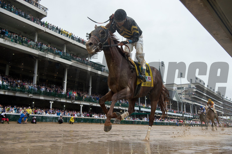 Funny Duck and Brian J. Hernandez, Jr. winning the Pat Day Mile at Churchill Downs on May 5, 2018.<br /> Skip Dickstein