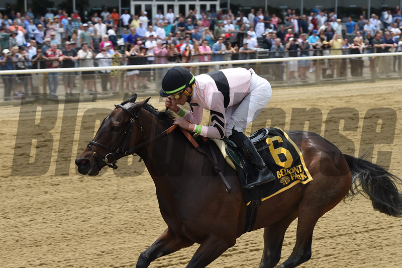 Lewis Bay wins the 2018 Bed o' Roses<br /> Coglianese Photos/Chelsea Durand