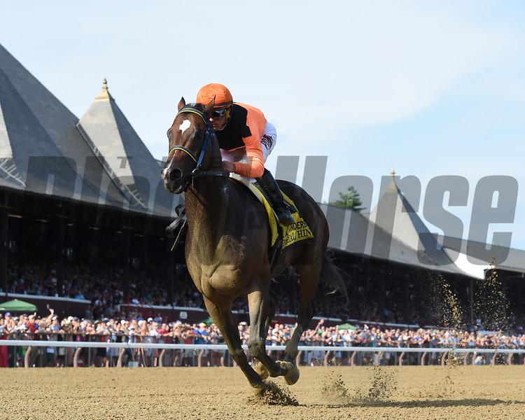 Imperial Hint wins the 2018 Vanderbilt<br /> Coglianese Photos