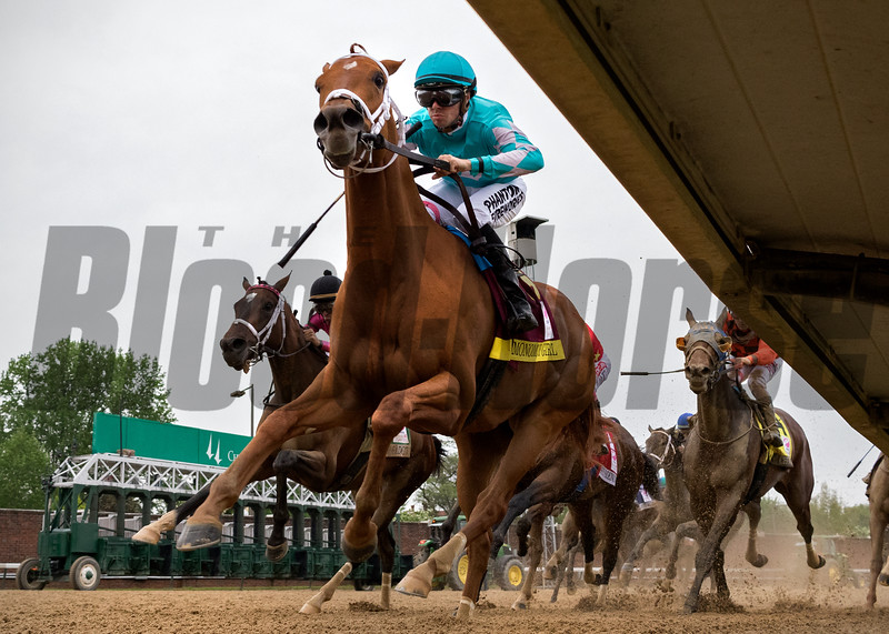MONOMY GIRL wins the Kentucky Oaks at Churchill Downs on May 4th 2018, jockey Florent Geroux up