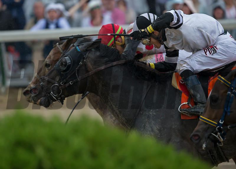 Limousine Liberal and Jose Ortiz winning the Churchill Downs at Churchill Downs on May 5, 2018.