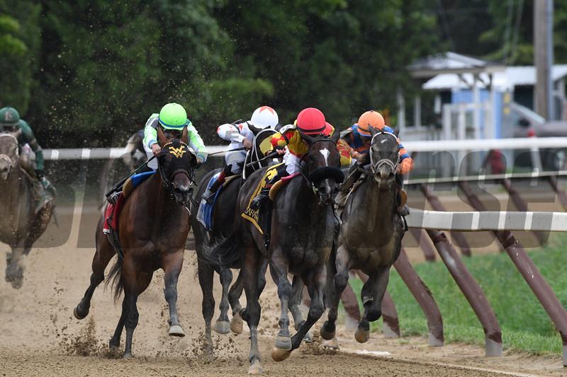 Sue's Fortune, Junior Alvarado, Adirondack Stakes, G2; Saratoga Race Course; August 11; 2018<br /> Coglianese Photos/Robert Mauhar