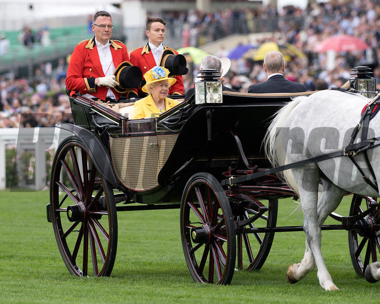 HRH The Queen, Royal Procession, Royal Ascot, Ascot Race Course, Ascot, UK, 6-19-18, Photo by Mathea Kelley