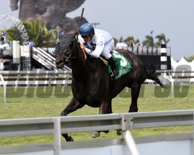 Texting wins the 2018 La Prevoyante<br /> Coglianese Photos/Annette Jasko