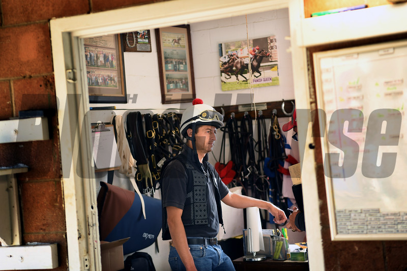 Barn foreman and exercise rider David Meah at the barn of Richard Baltas at Santa Anita. Photo: Wally Skalij